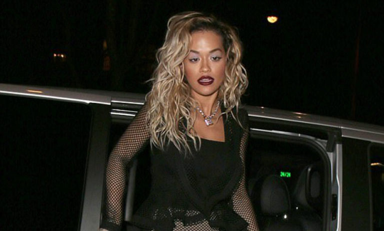 Rita Ora shines in Paris