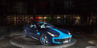 Ferrari GTC4 Luxury