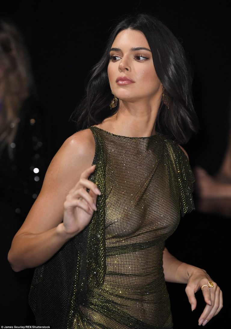 Kendall Jenner more provocative than ever in Cannes [PHOTO