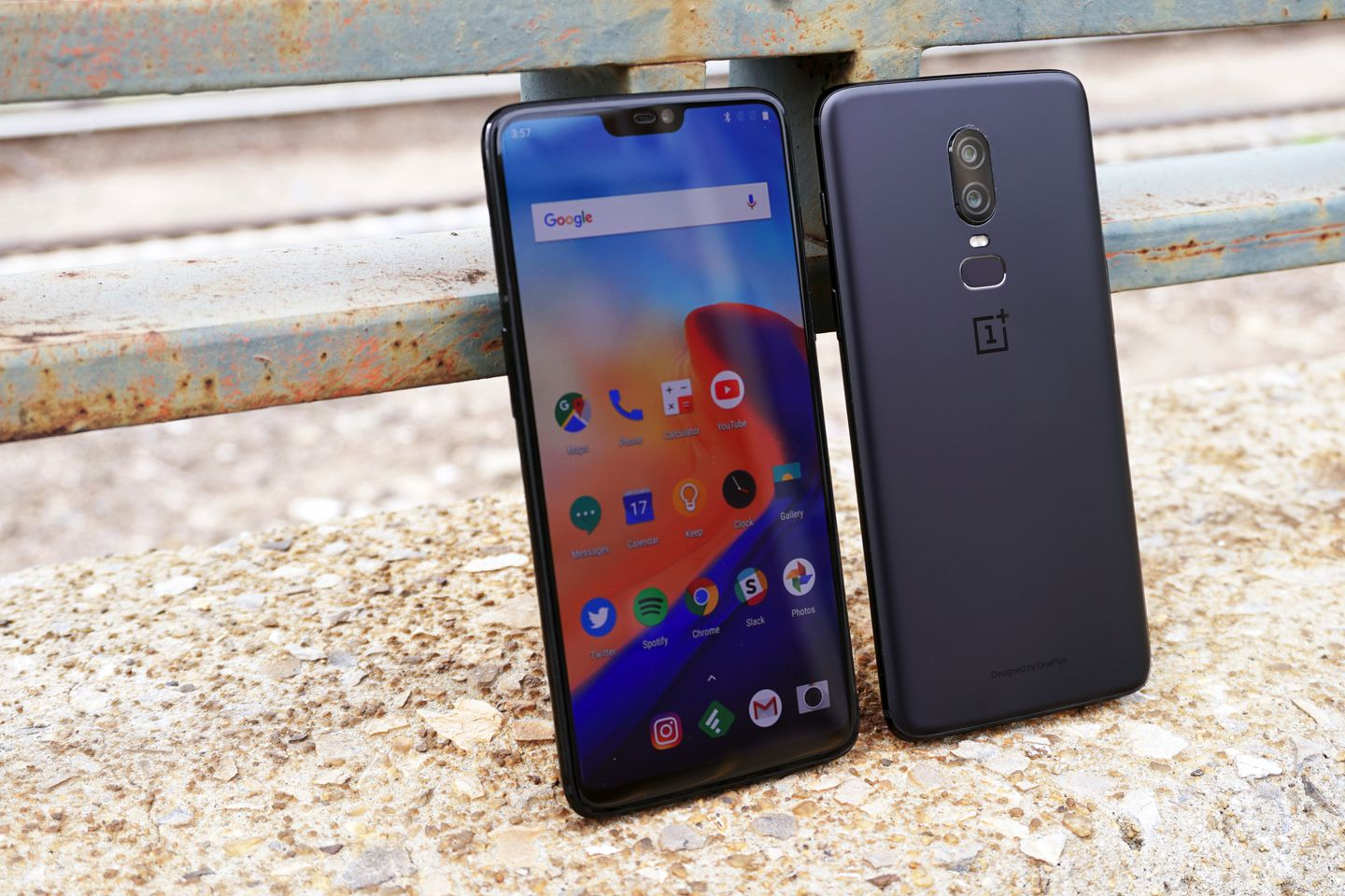 OnePlus 6, a rival of the iPhone X but with half the price
