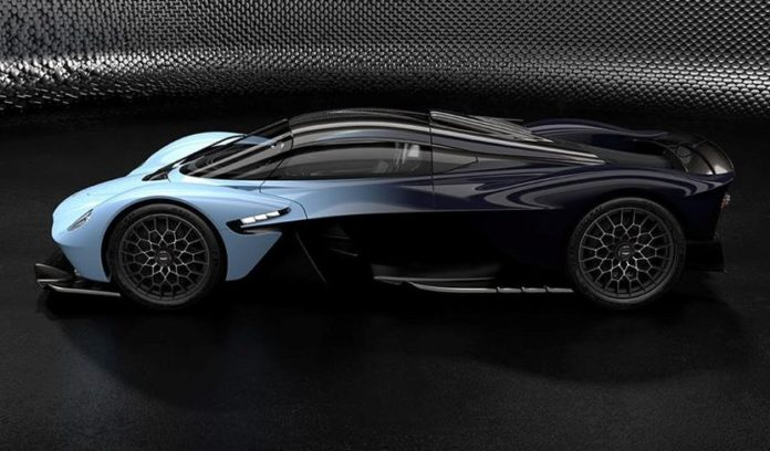 Aston Martin Valkyrie looks impressive in the recent photo shoots (Photo)