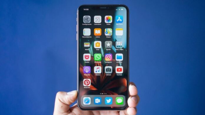 The iPhone 11 will take the Flexible Screen from Samsung Galaxy X