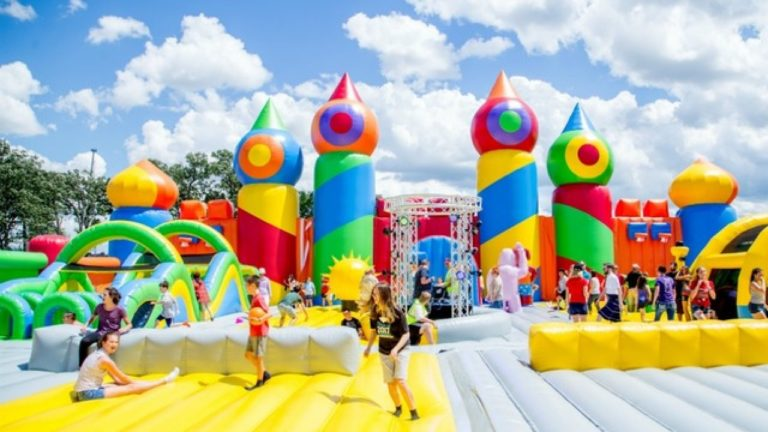 Know your role and responsibility for safe use of bouncy houses