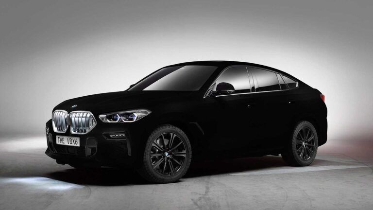 """Third generation of BMW X6 comes with unique """"Vantablack"""" color, the blackest material on the planet"""