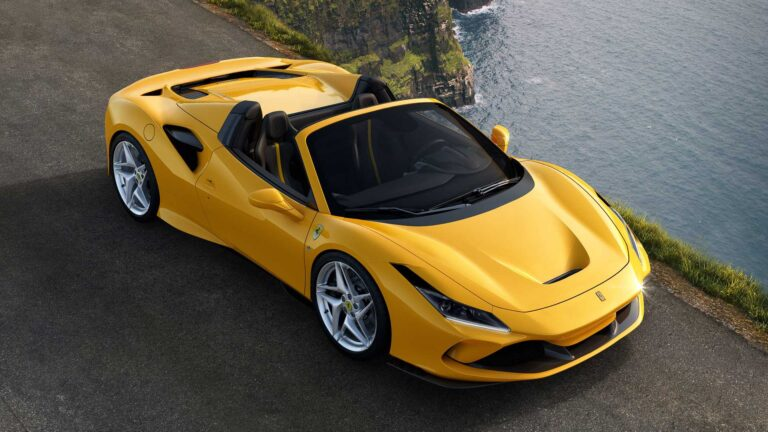 2020 Ferrari F8 Spider Revealed with More Power and Less Weight