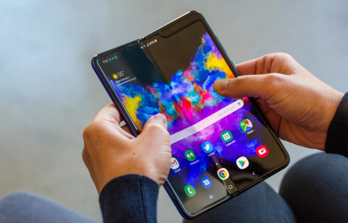 Samsung releases instructions on how to take care of Galaxy Fold