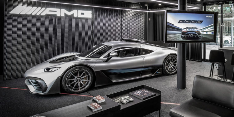 Mercedes-AMG One, the Mercedes car with Formula 1 engine postponed to 2021