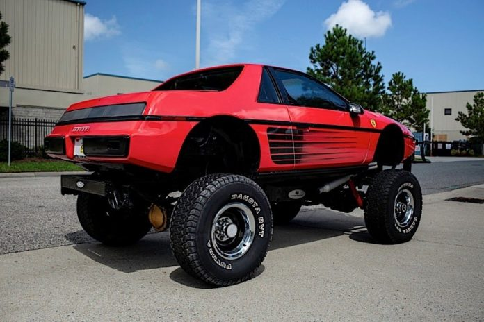 Pontiac Fiero Custom Coupe