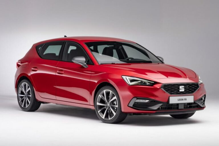 New 2020 SEAT Leon debuts, increased in size to beat VW Golf