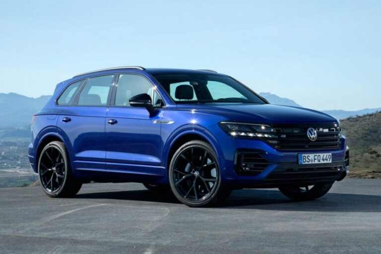 2020 VW Touareg R SUV revealed with plug-in power and 456hp