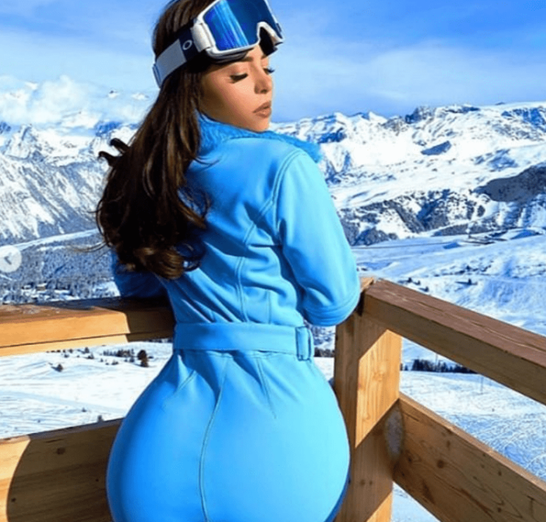 """With a bombastic back, the 24-year-old sexy """"thaws"""" even the snow (Photo)"""