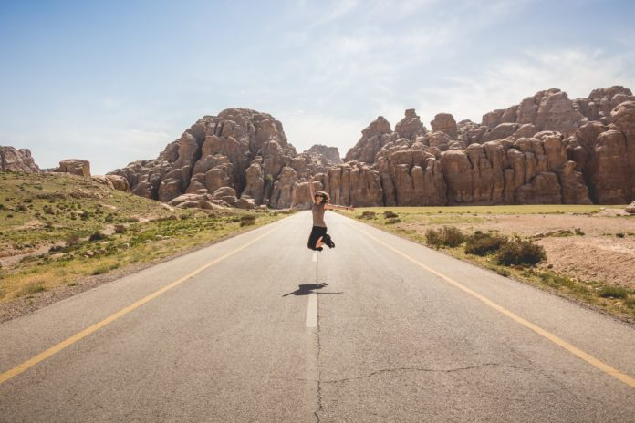 Stay Healthy On A Long Road Trip