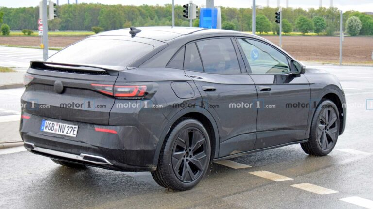 VW ID.4 GTX High-Performance EV Spied For The First Time While Being Tested