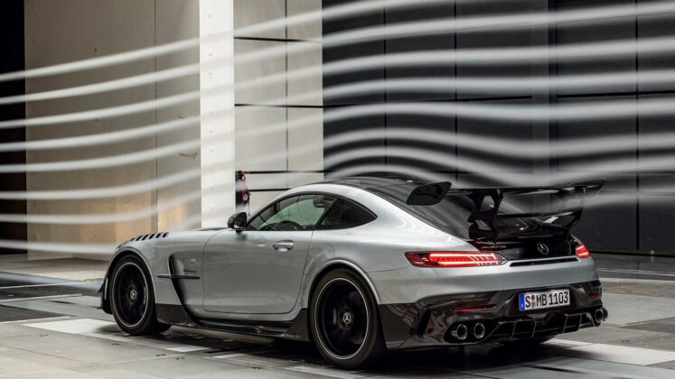 mercedes amg gt black series 2020 12
