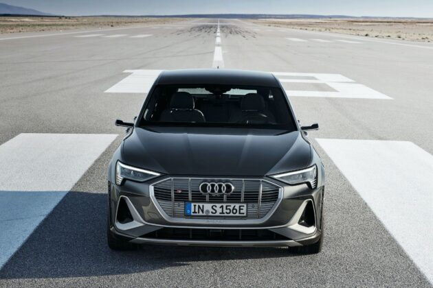 2021 Audi e tron S Sportback 8