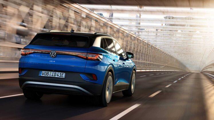 2021 volkswagen id.4 exterior in motion 4