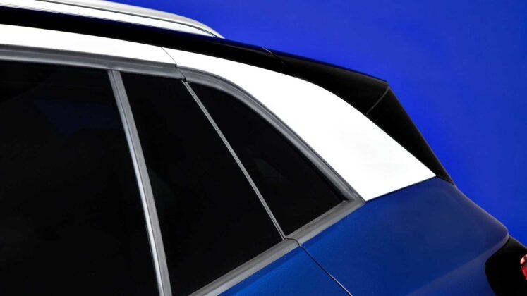 2021 volkswagen id.4 exterior roof trim
