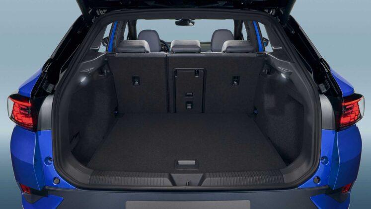 2021 volkswagen id.4 interior cargo space