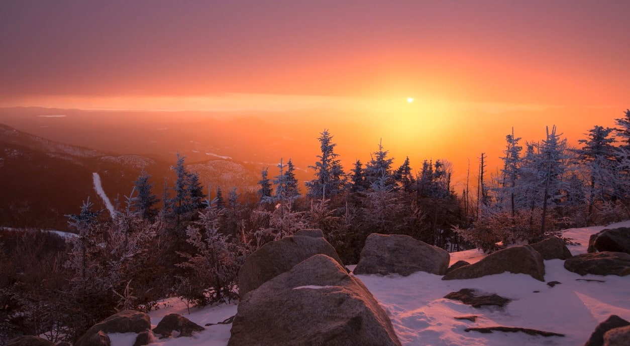 Sunrise from the of Gondola on Whiteface Live Wallpaper