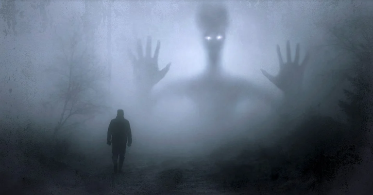 TEN MUST-HAVE GHOST HUNTING GADGETS