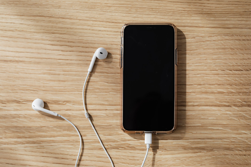 Top Ways to Charge Your Smartphone More Quickly