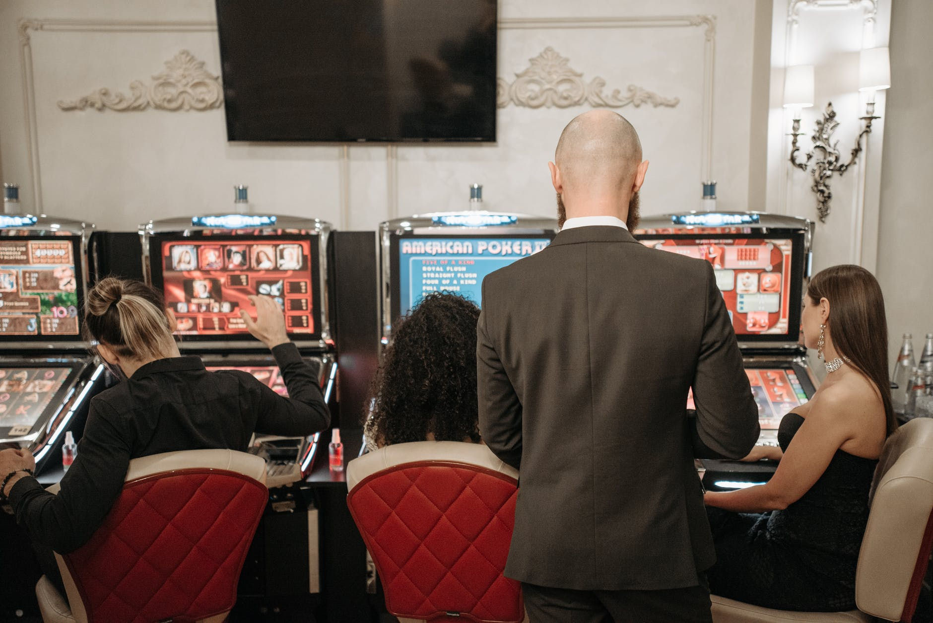 Is it worth downloading a Casino Slots Site Application,
