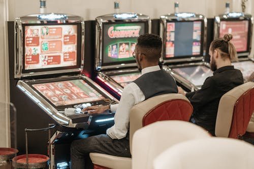 Do the winning odds differ across the same casino games?