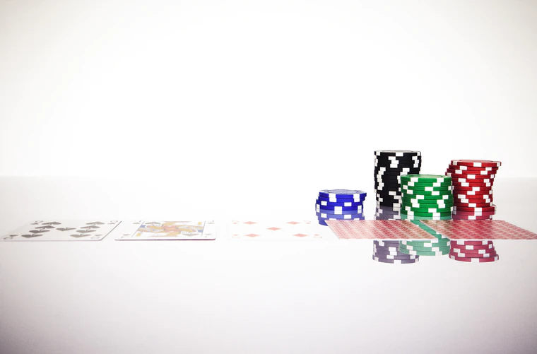 Want To Play Poker With Your Family? Here's How To Start Small,